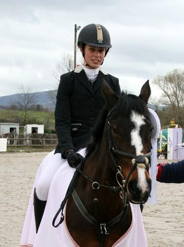 F d ration genevoise equestre news du weekend saut la for Natacha domon